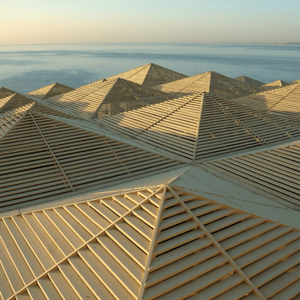 Pyramid Roof  Style